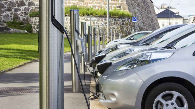 Benefits Of Owning An Electric Vehicle